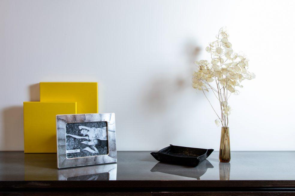 Elegant Gift: portafoto e orologi made in italy.